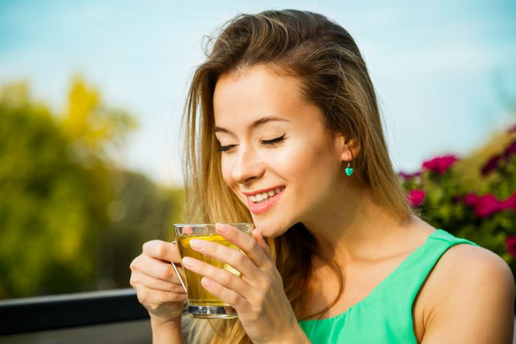 Does Green Tea Help with Bloating?