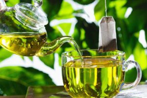Can you drink green tea at Night: Benefits of drinking green tea at night before bed